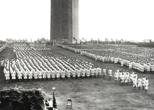 WAVES march in mormation on Washington Monument Grounds Jean C. (Shillinglaw) Lee Collection, Donated by Jean Eastman WIMSA